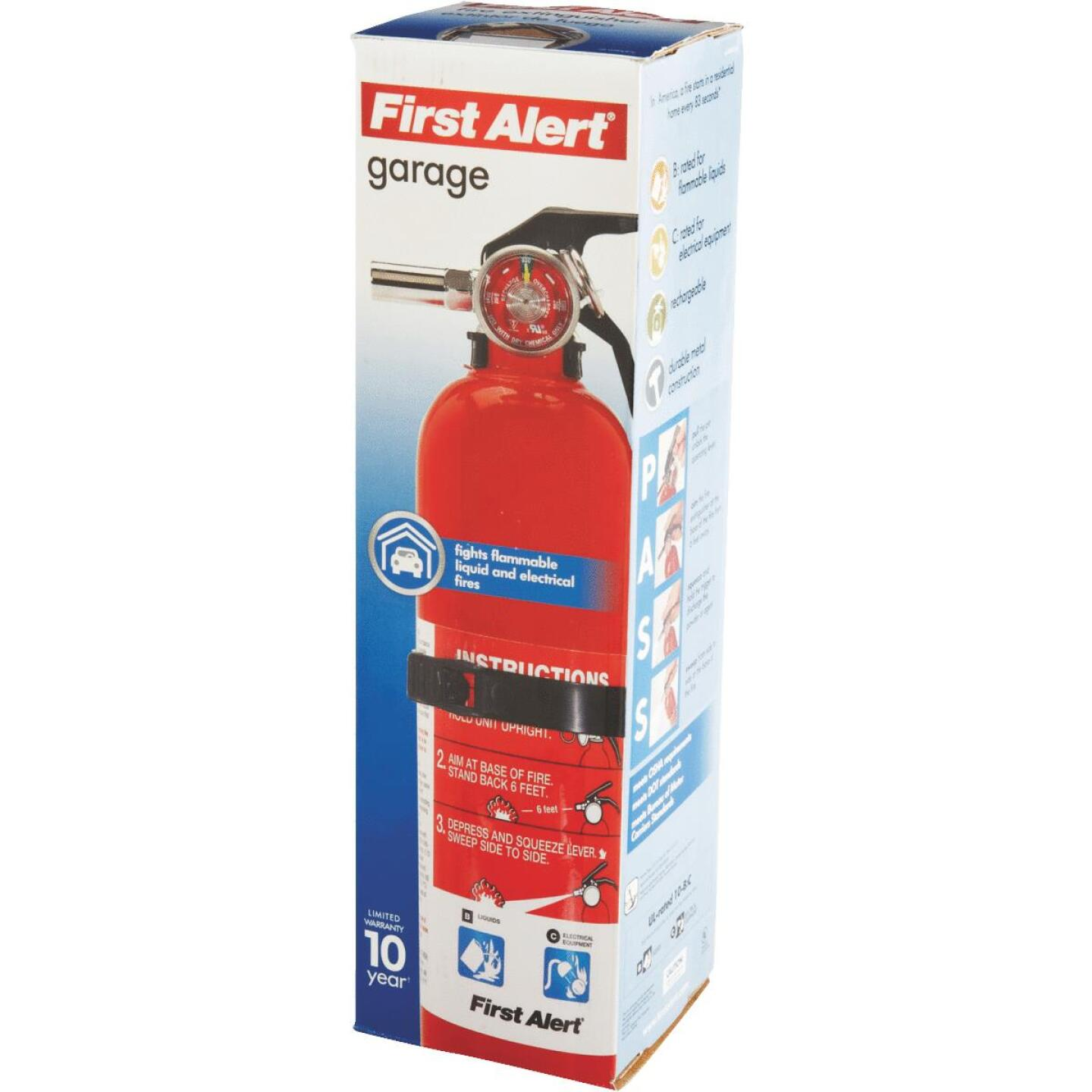 First Alert 10-B:C Rechargeable Garage Fire Extinguisher Image 2