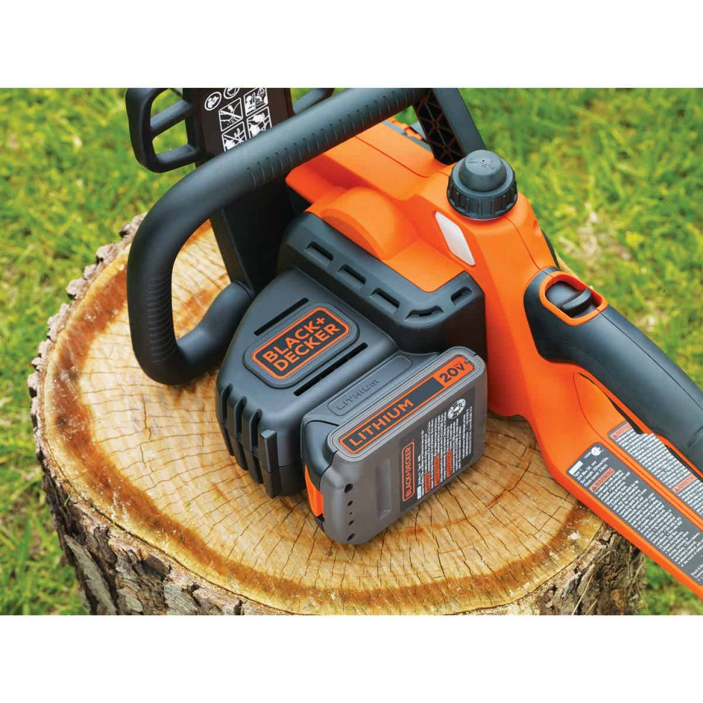 Black & Decker 10 In. 20V MAX Lithium Ion Cordless Chainsaw Image 5