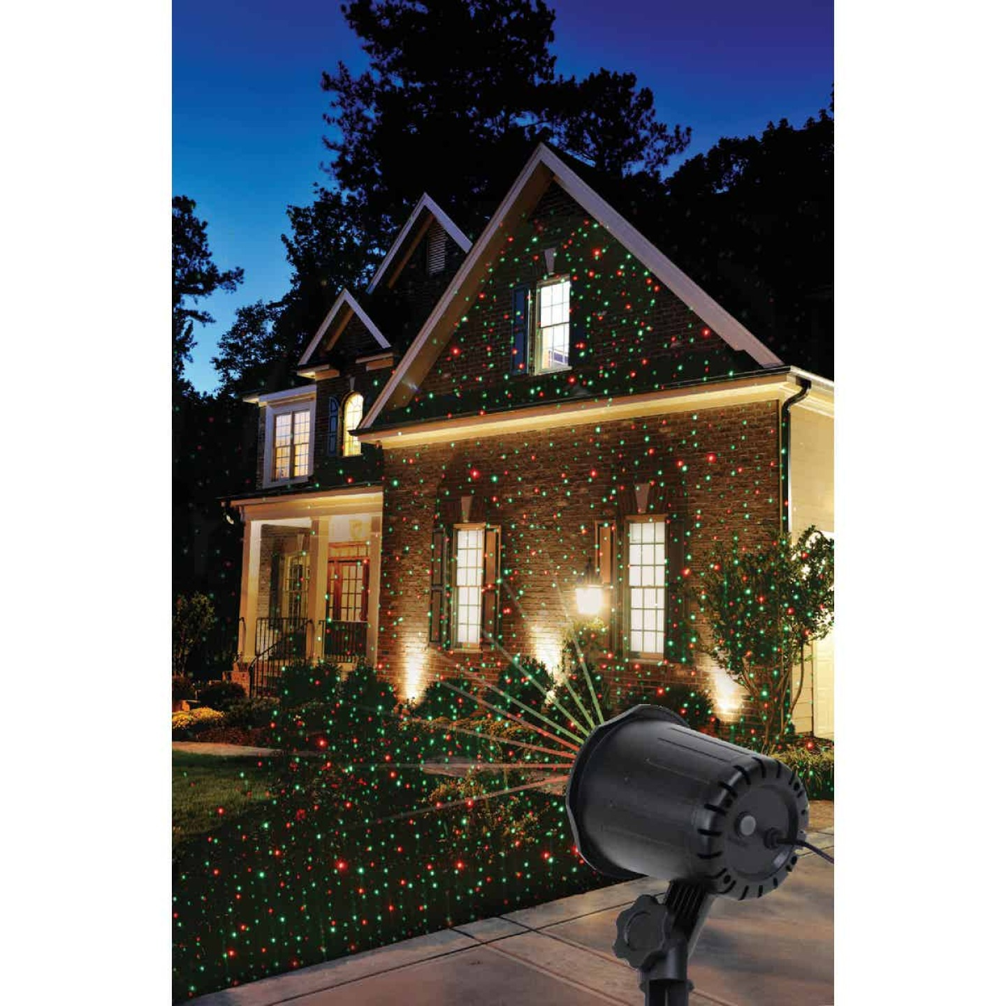 Prime Wire & Cable LED 5W Holiday Landscape Laser Light Projector Image 4